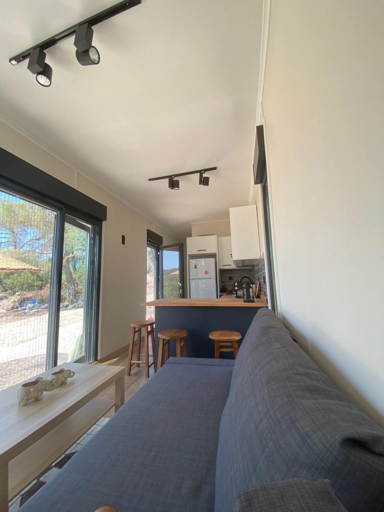 housepeak 40ft container house